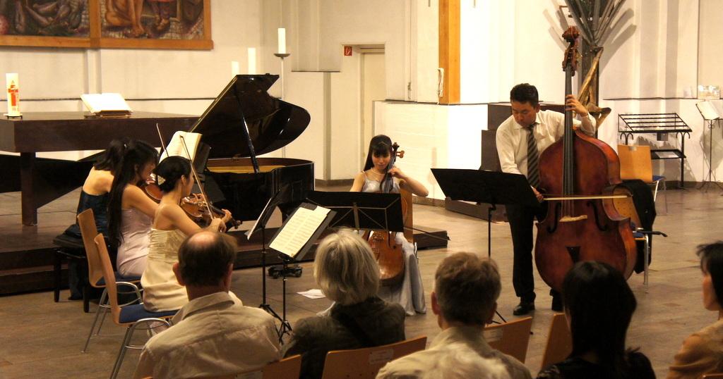 KEBT Schuberts Quintette 公演_c0180686_15101269.jpg