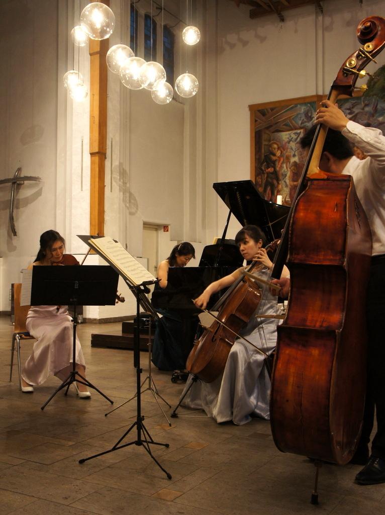 KEBT Schuberts Quintette 公演_c0180686_15101706.jpg