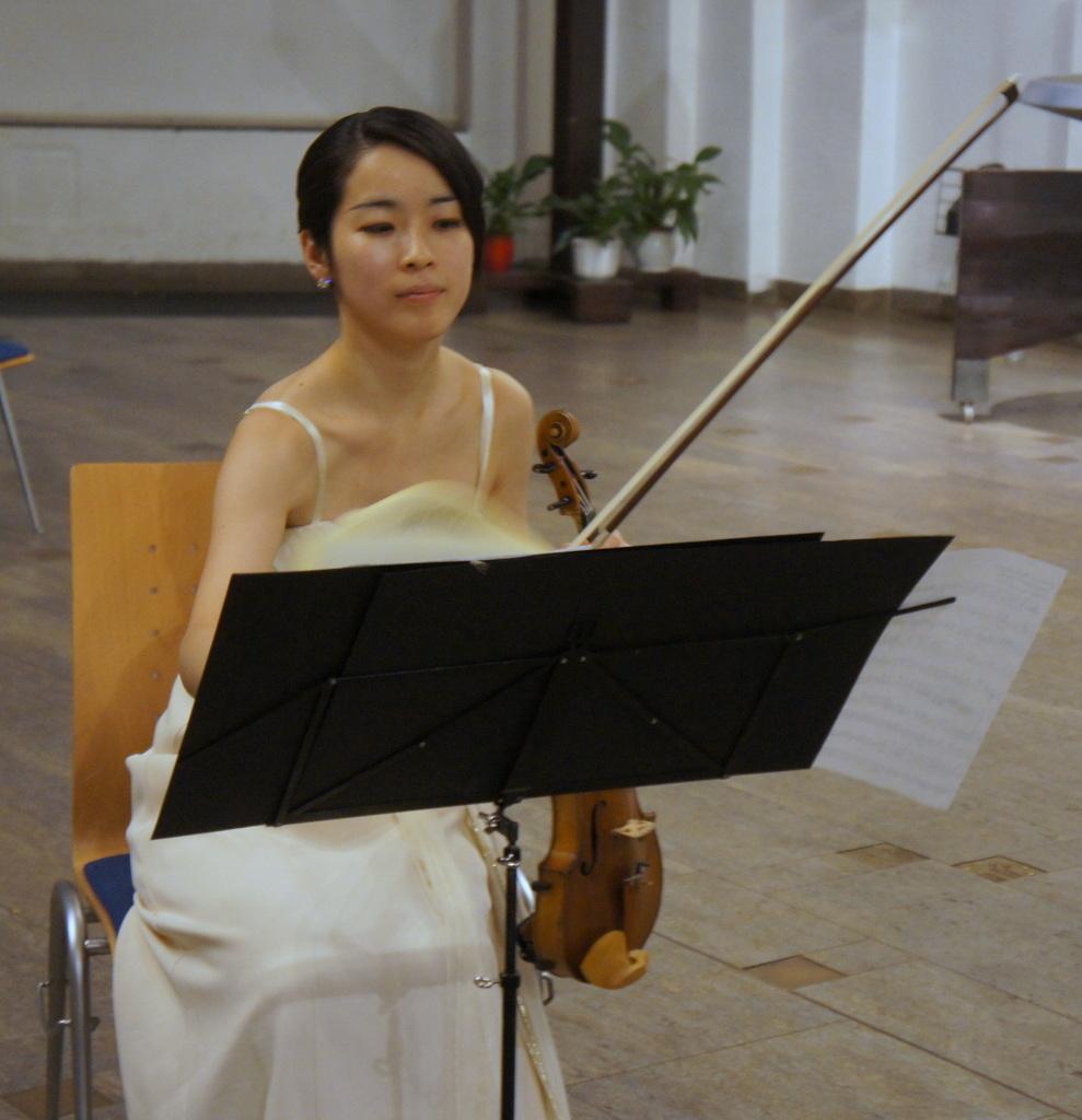KEBT Schuberts Quintette 公演_c0180686_15102843.jpg