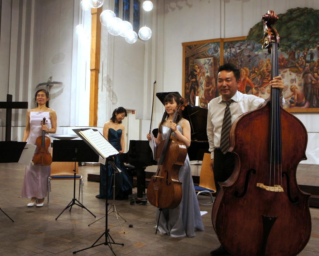 KEBT Schuberts Quintette 公演_c0180686_15103598.jpg