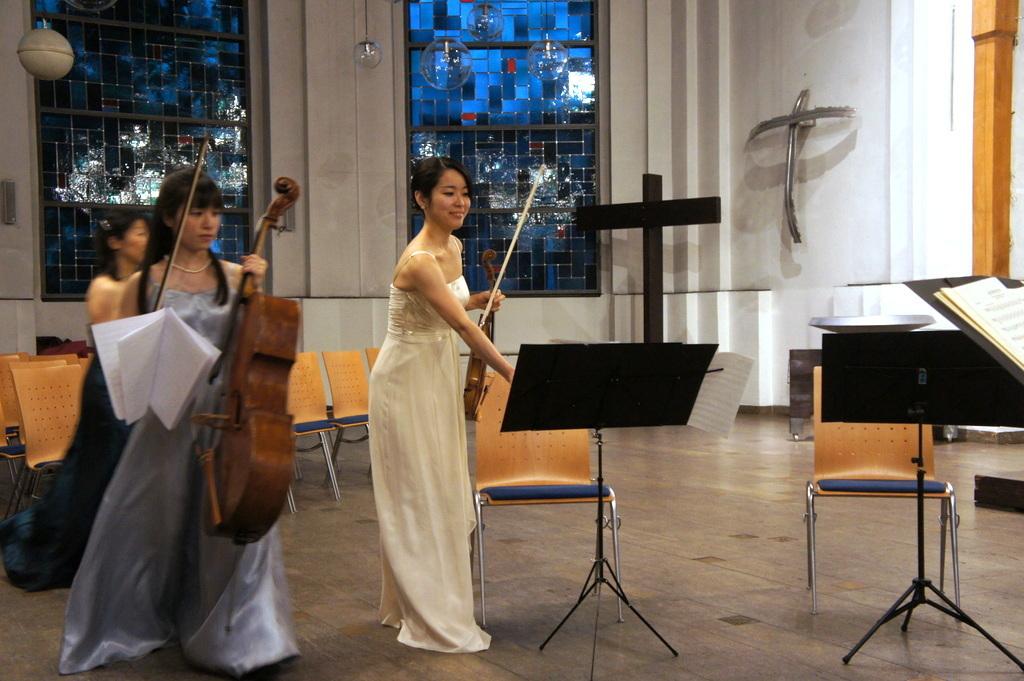 KEBT Schuberts Quintette 公演_c0180686_15104195.jpg