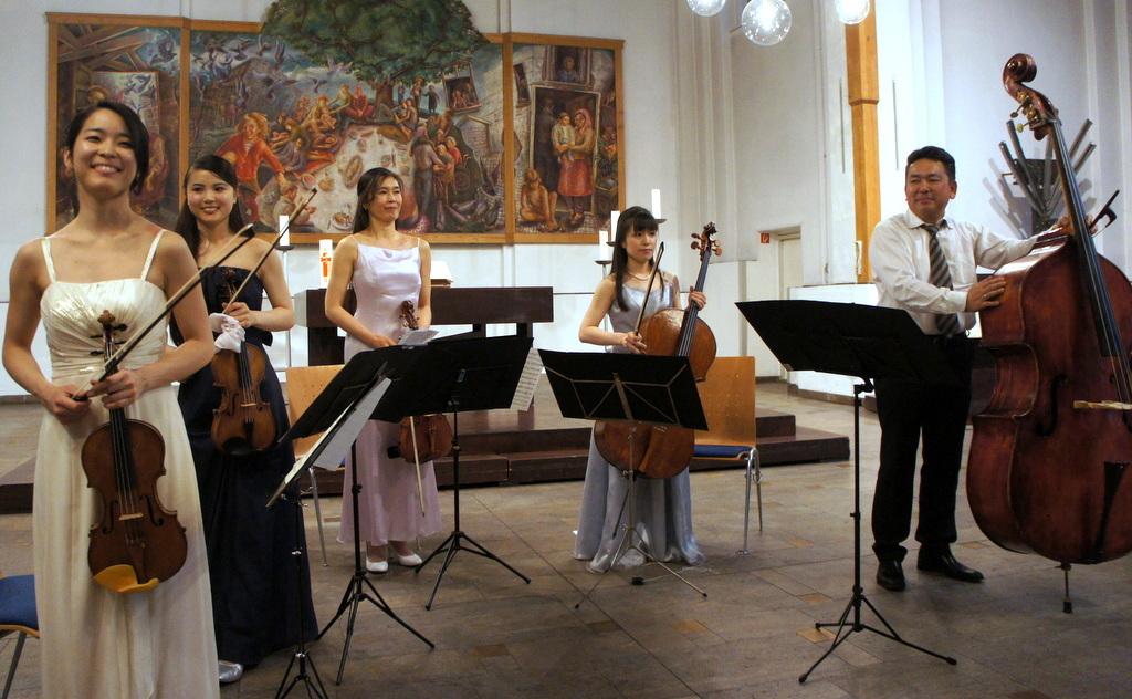 KEBT Schuberts Quintette 公演_c0180686_15113062.jpg