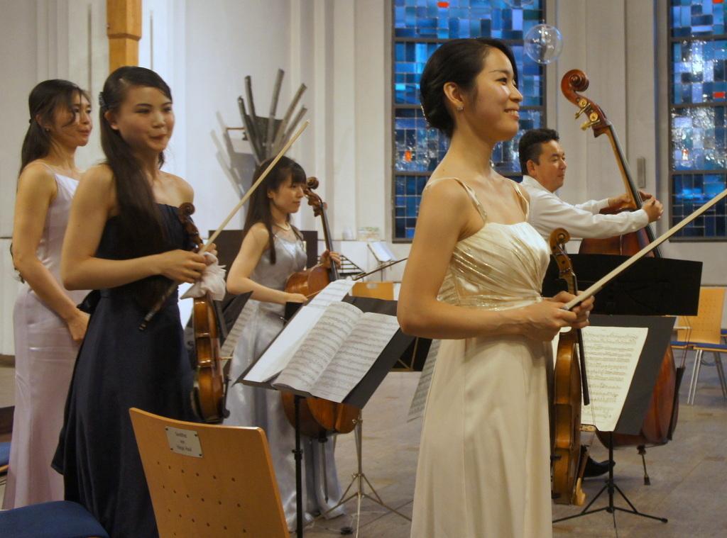 KEBT Schuberts Quintette 公演_c0180686_15113671.jpg