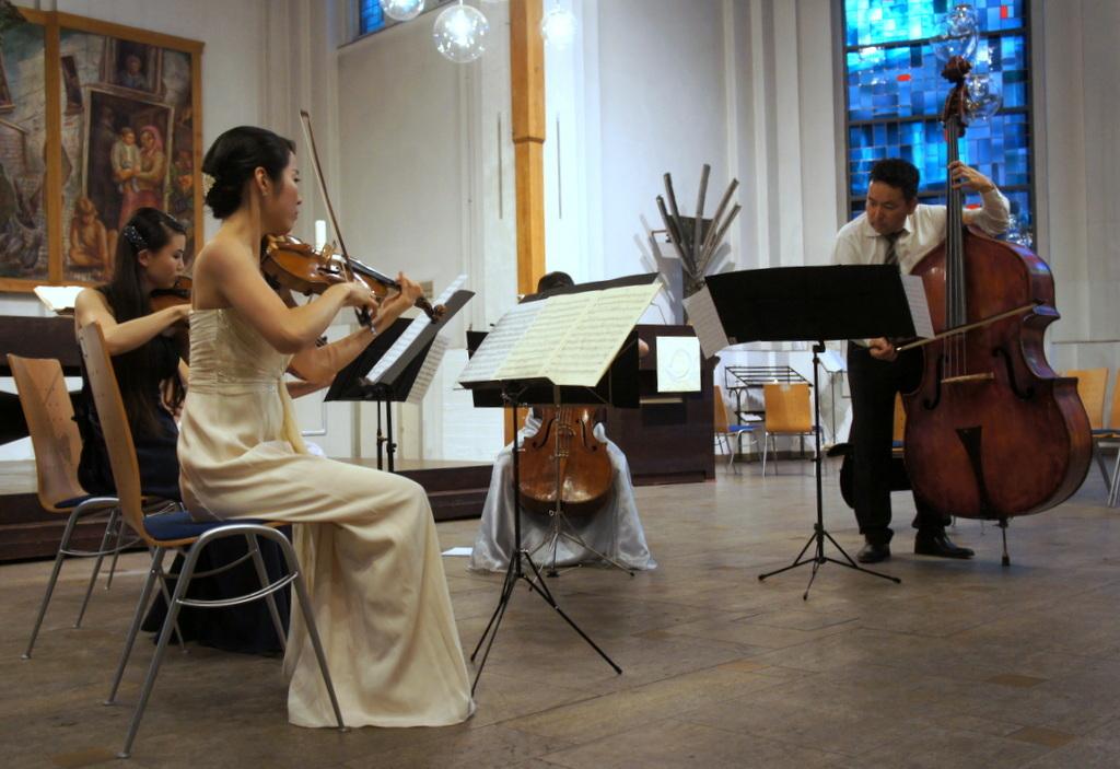 KEBT Schuberts Quintette 公演_c0180686_15120460.jpg