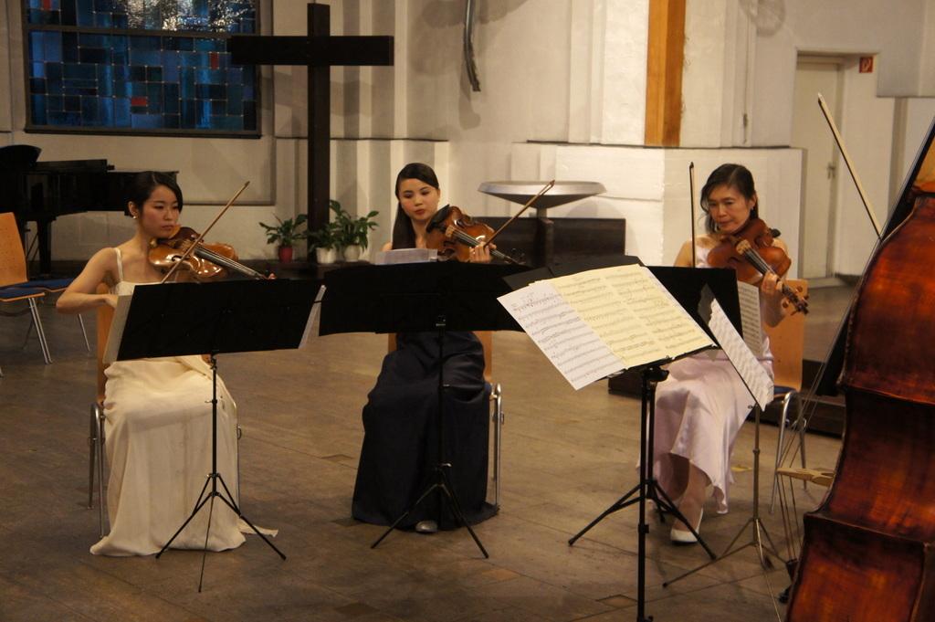 KEBT Schuberts Quintette 公演_c0180686_15140634.jpg