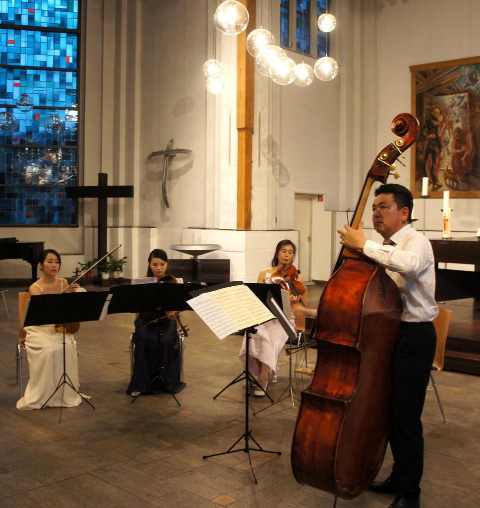 KEBT Schuberts Quintette 公演_c0180686_15142067.jpg