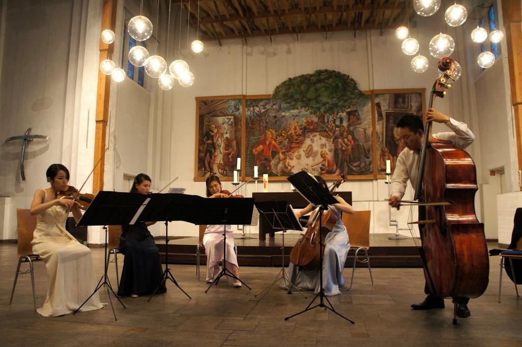 KEBT Schuberts Quintette 公演_c0180686_15142608.jpg