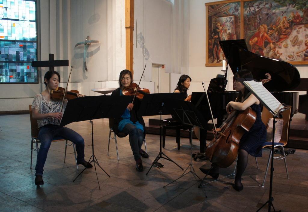 KEBT Schuberts Quintette 公演_c0180686_15152912.jpg