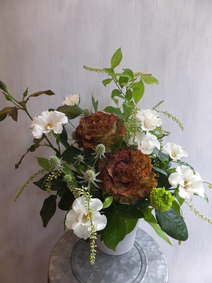 オークリーフ(市川さんのバラ・オードリーを入れたアレンジメント)_f0049672_18203675.jpg