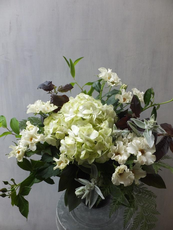 オークリーフ(市川さんのバラ・オードリーを入れたアレンジメント)_f0049672_18212832.jpg