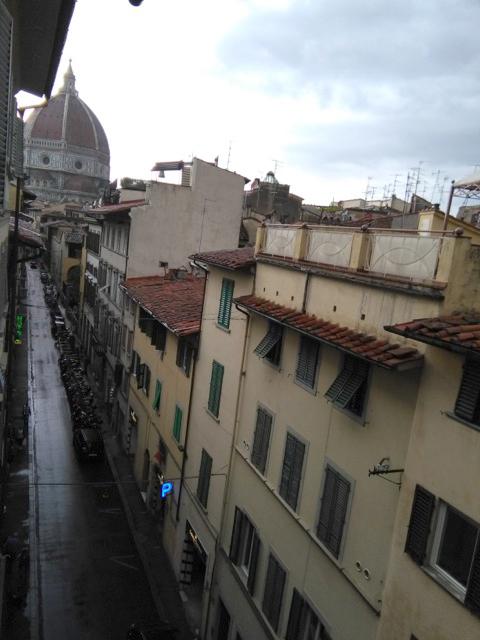 イタリアにも梅雨時期が!??_c0179785_21332376.jpg
