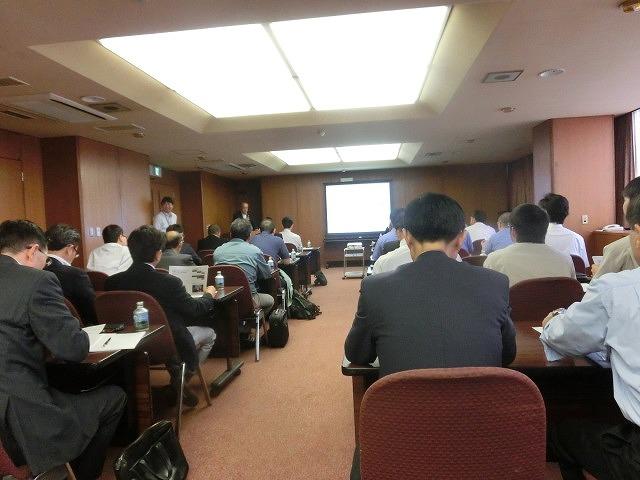 富士市がCNF実用化への強い決意を込めて開催した「第1回富士市CNF研究会」_f0141310_7105166.jpg
