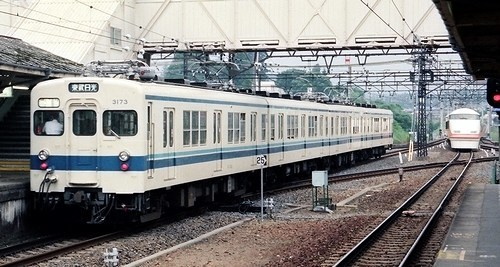 東武鉄道 3070系_e0030537_23484983.jpg