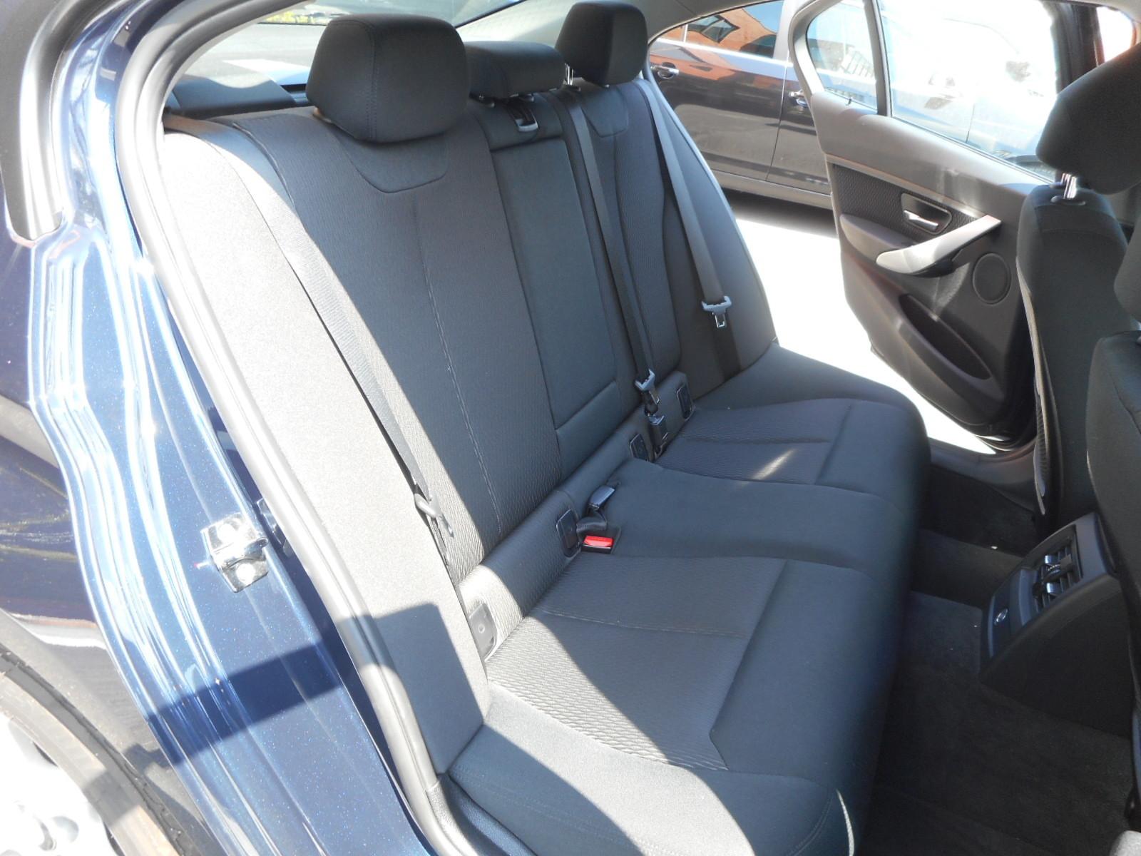 BMW 320d入りました!_c0267693_17525020.jpg