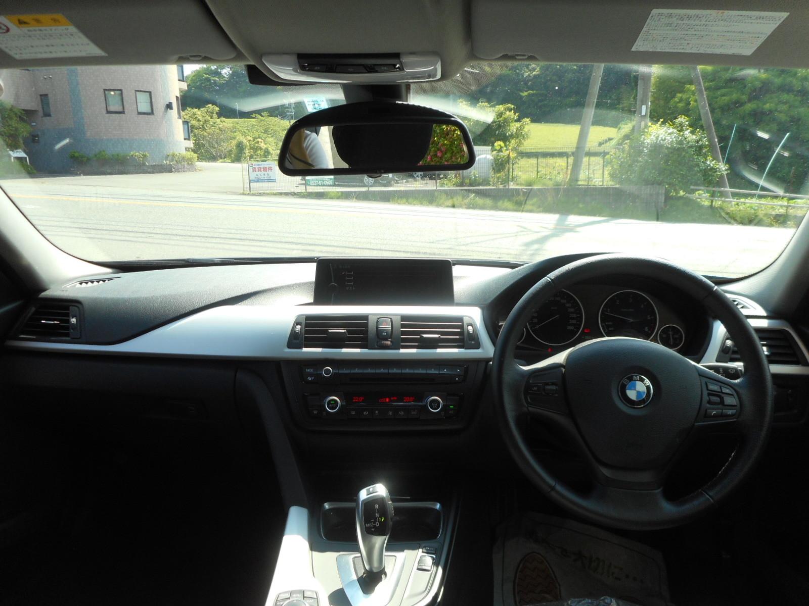 BMW 320d入りました!_c0267693_17555152.jpg