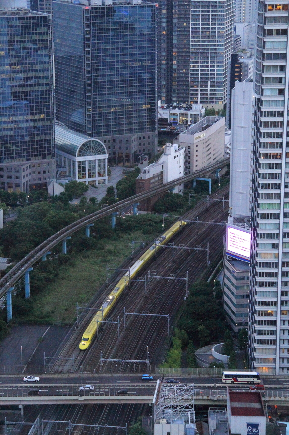 夕暮れ迫る東京を黄色い幸運が駆ける - 2016年・ドクターイエロー -_b0190710_23534084.jpg