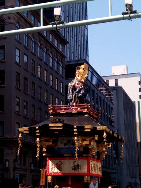日枝神社の山王祭の神幸行列  散歩_c0201876_12243836.jpg