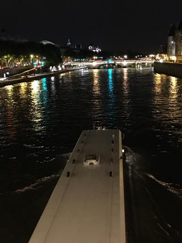 Parisです。_c0108595_13320023.jpg