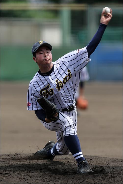 桐光学園VS東海大甲府 B戦_e0200922_1821779.jpg