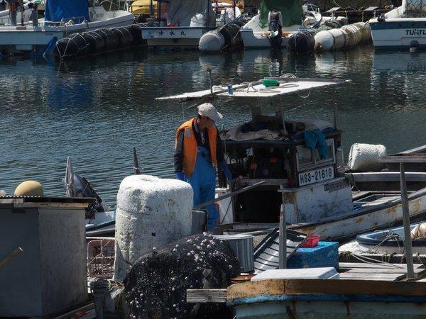丹那漁港②_b0190540_1311373.jpg