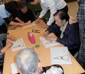 ワイヤーアート教室_e0163042_15314141.jpg