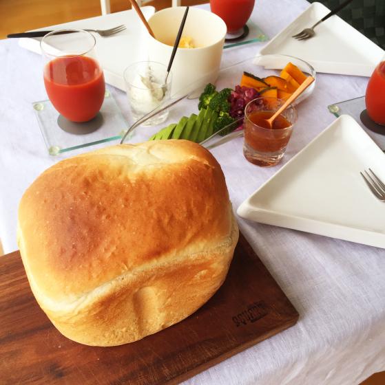 焼きたてパン&作りたて梅ジャムで週末昼ごはん_e0348257_22093702.jpeg