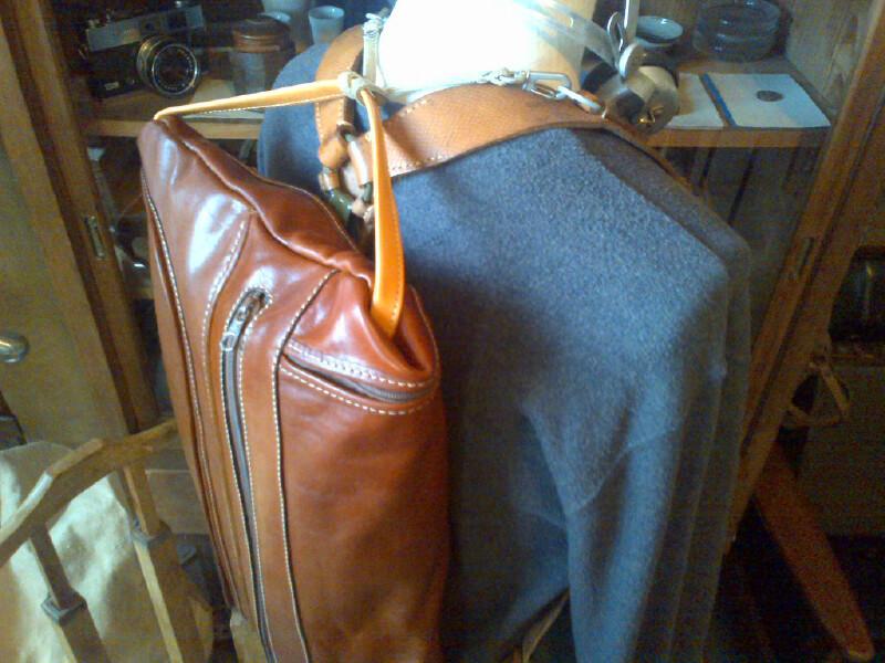 leather rucksack_f0236789_12394963.jpg