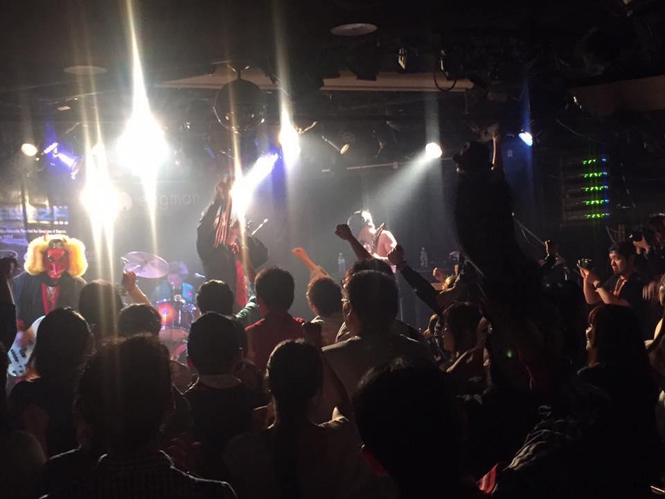 ゼットン&パンドン 熊本 大分 エクアドル頑張れ! 俺達なりの九州復興ライブ〜 んの巻_f0236990_3343098.jpg