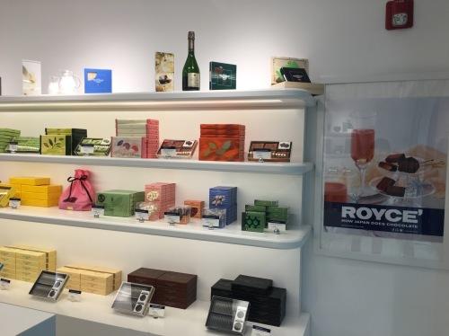 ロイズのチョコがミツワで買えるようになった_d0240098_03114008.jpg