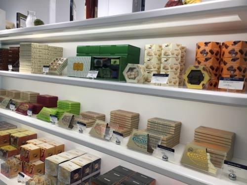 ロイズのチョコがミツワで買えるようになった_d0240098_03115620.jpg