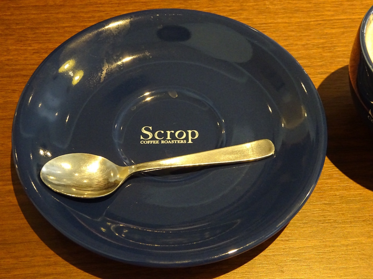 Scrop COFFEE Roastersでラテ_e0230011_17262375.jpg