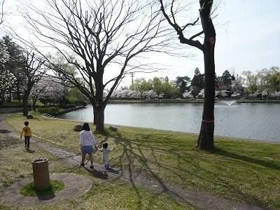 お散歩_c0369433_15530262.jpg