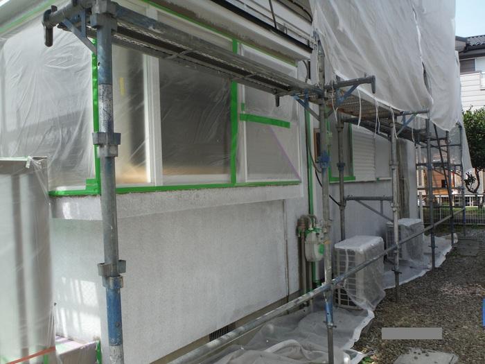入居前リフォーム ~塗装と電気工事。_d0165368_3222367.jpg