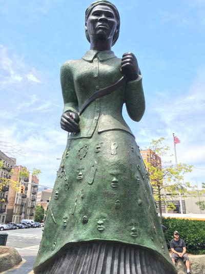 黒人初、アメリカドル紙幣のデザインになる女性の話 By松尾公子_f0009746_971210.jpg
