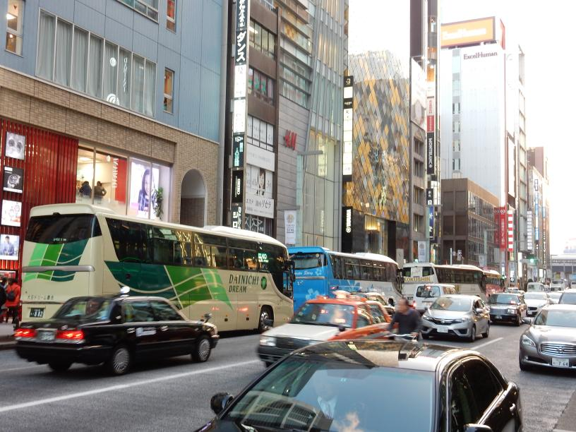韓国メディアが教えてくれた銀座のツアーバス駐停車90秒ルール_b0235153_1019985.jpg