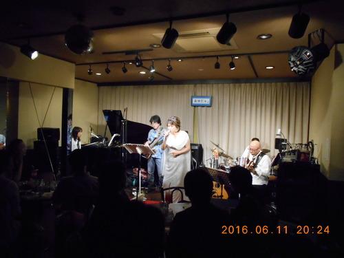 荒川和子ライブ_c0229062_19171927.jpg