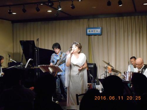 荒川和子ライブ_c0229062_1917341.jpg