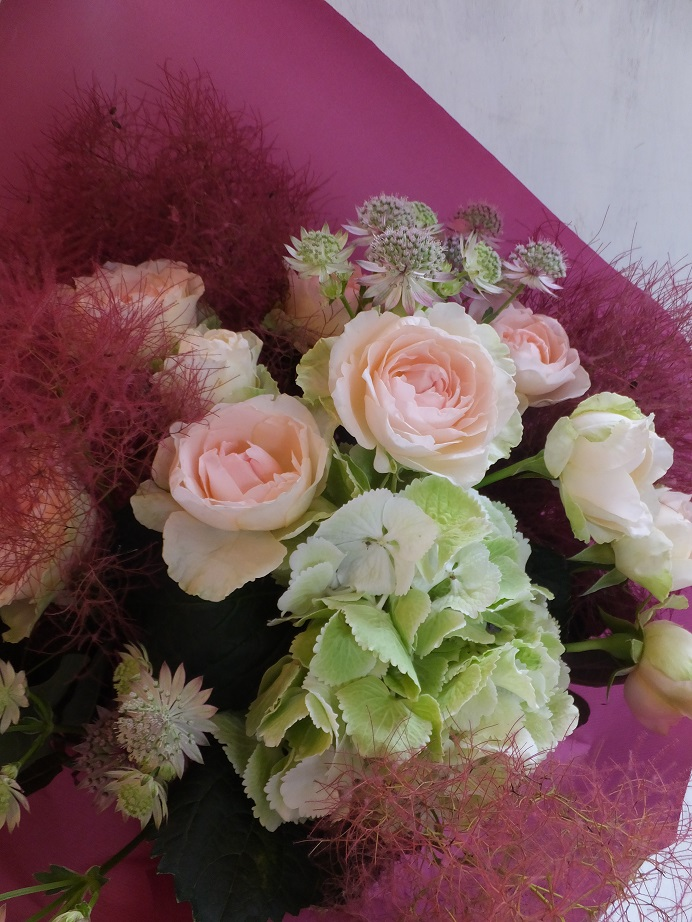 オークリーフ(紫陽花とバラの花束)_f0049672_18141535.jpg