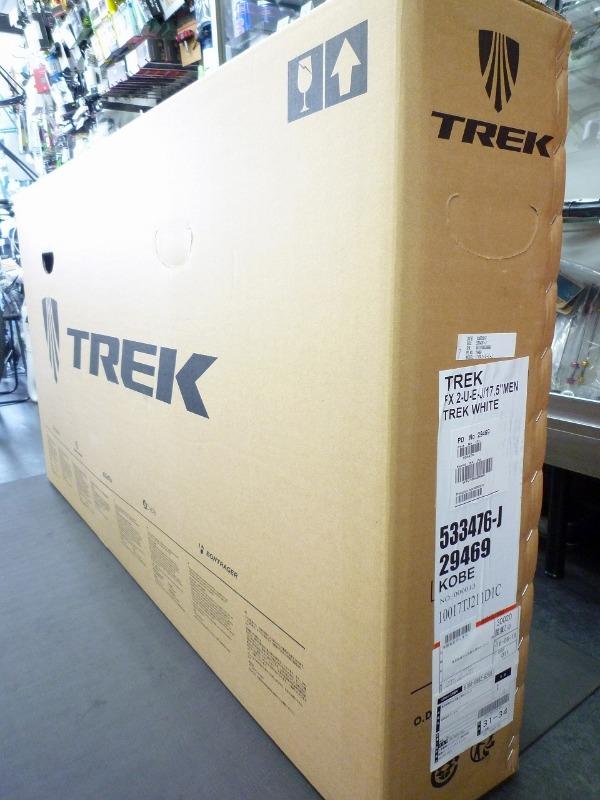 【2017年モデル入荷情報】 TREK FX2  開封!_a0262093_18242840.jpg