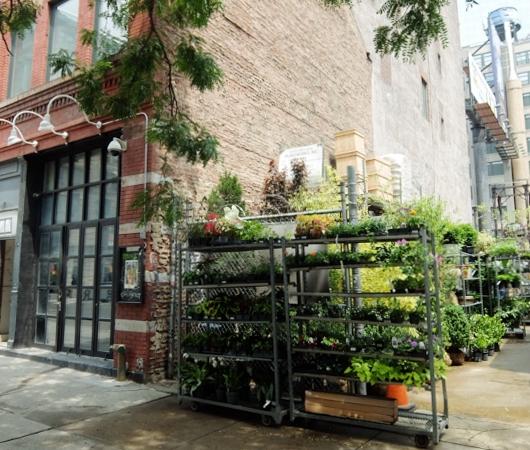 NYのダウンタウン、再開発の進むハドソン・スクエアをお散歩_b0007805_9555352.jpg
