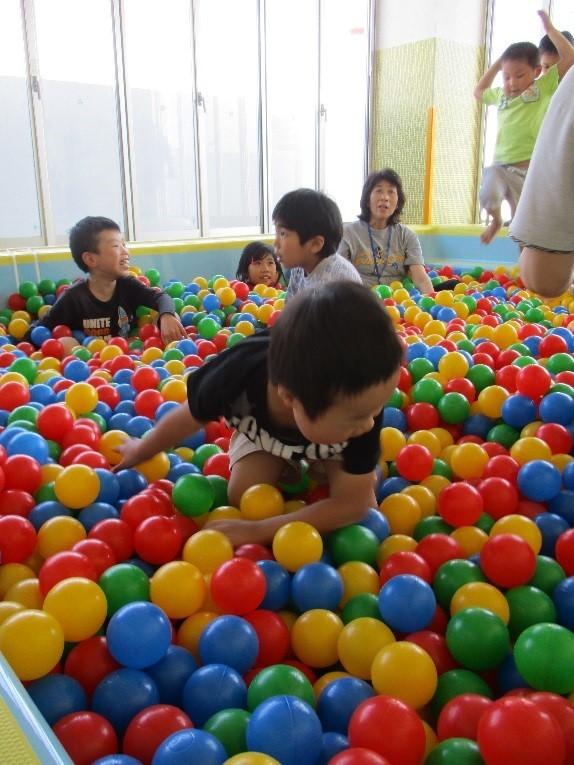 ボールプール【グリーンスクール善行】_b0369905_14153079.jpg