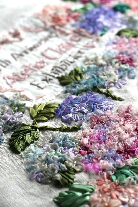 【季節を彩るリボン刺繍】花冠のクレア-秋色アジサイ-_a0157409_10322442.jpg