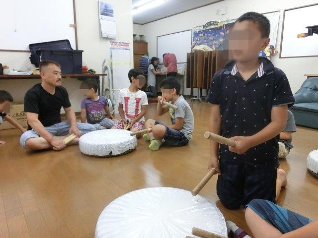 7月の天王祭に向けて始まった駿河台三丁目の太鼓の練習_f0141310_7161618.jpg