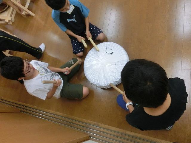 7月の天王祭に向けて始まった駿河台三丁目の太鼓の練習_f0141310_716582.jpg