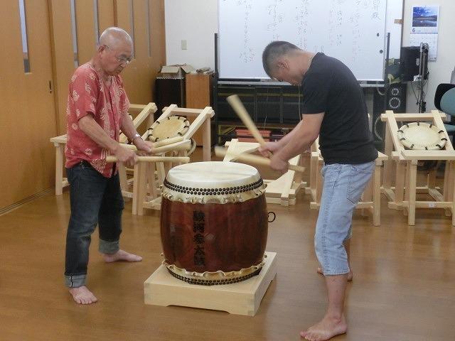 7月の天王祭に向けて始まった駿河台三丁目の太鼓の練習_f0141310_717933.jpg