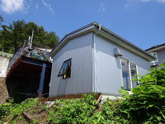 物置小屋新築  完成しました。 _f0105112_435762.jpg
