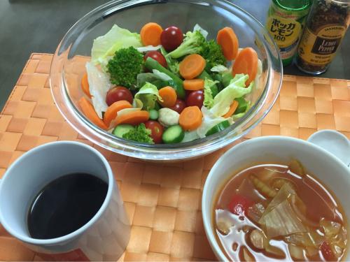 ダイエットは野菜たっぷりのミネストローネで_d0285416_19342817.jpg