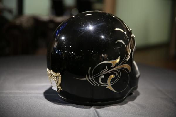 Helmet paint._d0074074_15020155.jpg