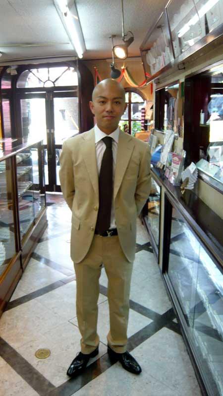 お客様のスーツ_a0110103_20375568.jpg