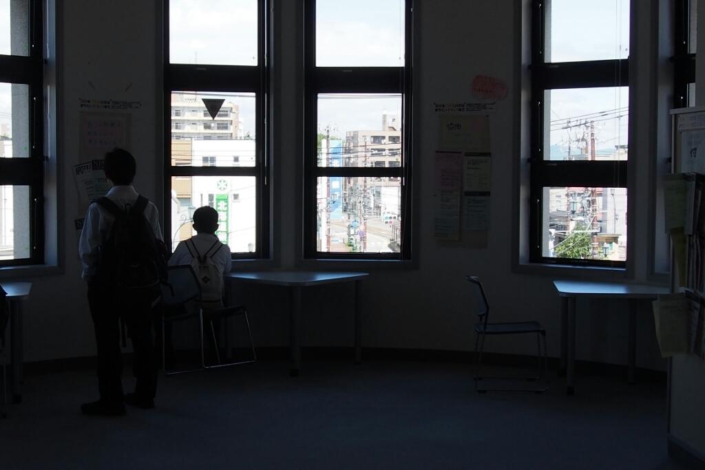 函館十字街、函館市地域まちづくりセンターへ。_b0106766_20233520.jpg